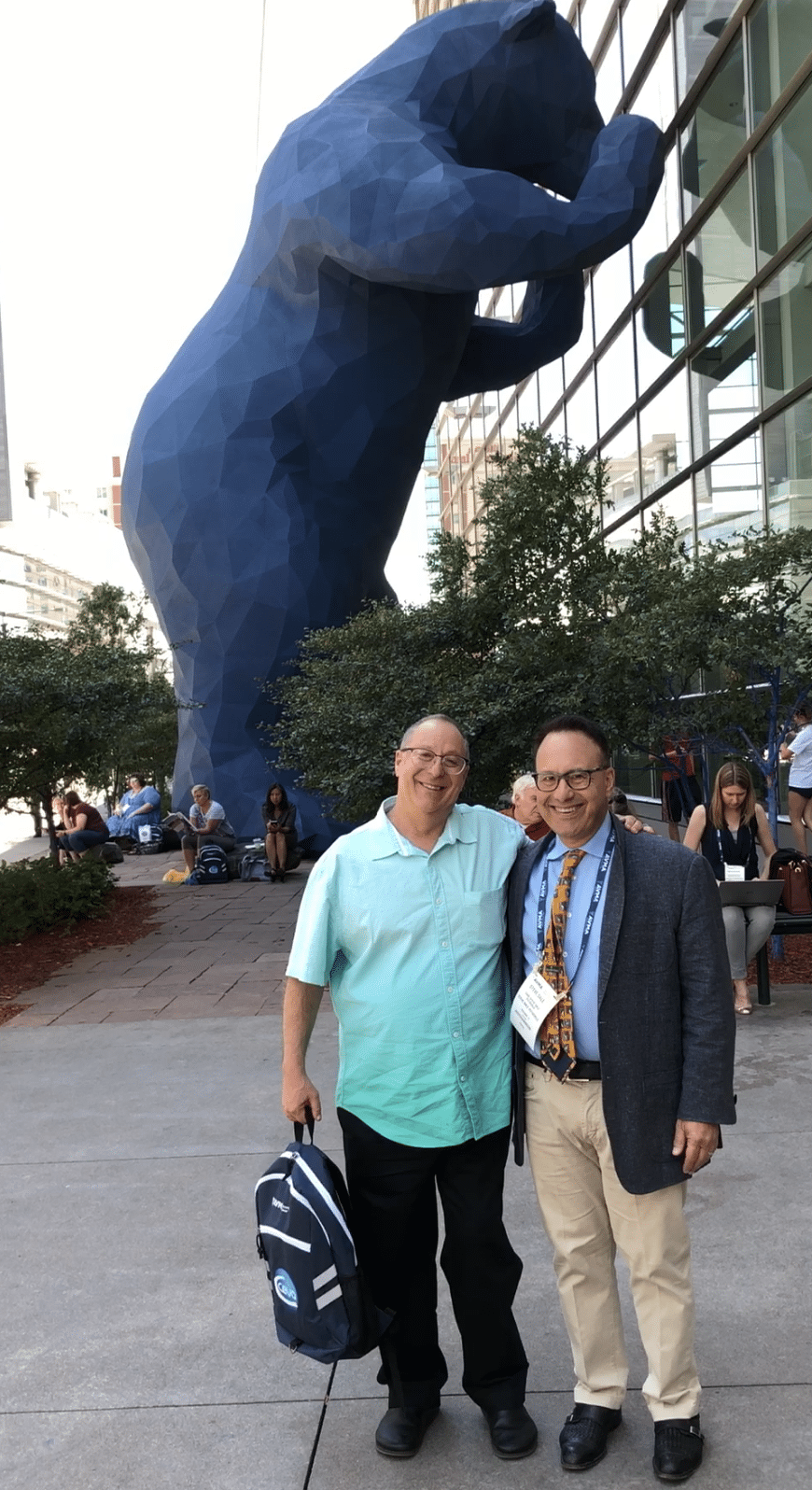 Dr. Heiblum and Steve Dale at AVMA