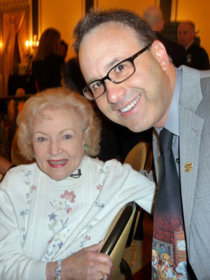 steve-dale-with-betty-white